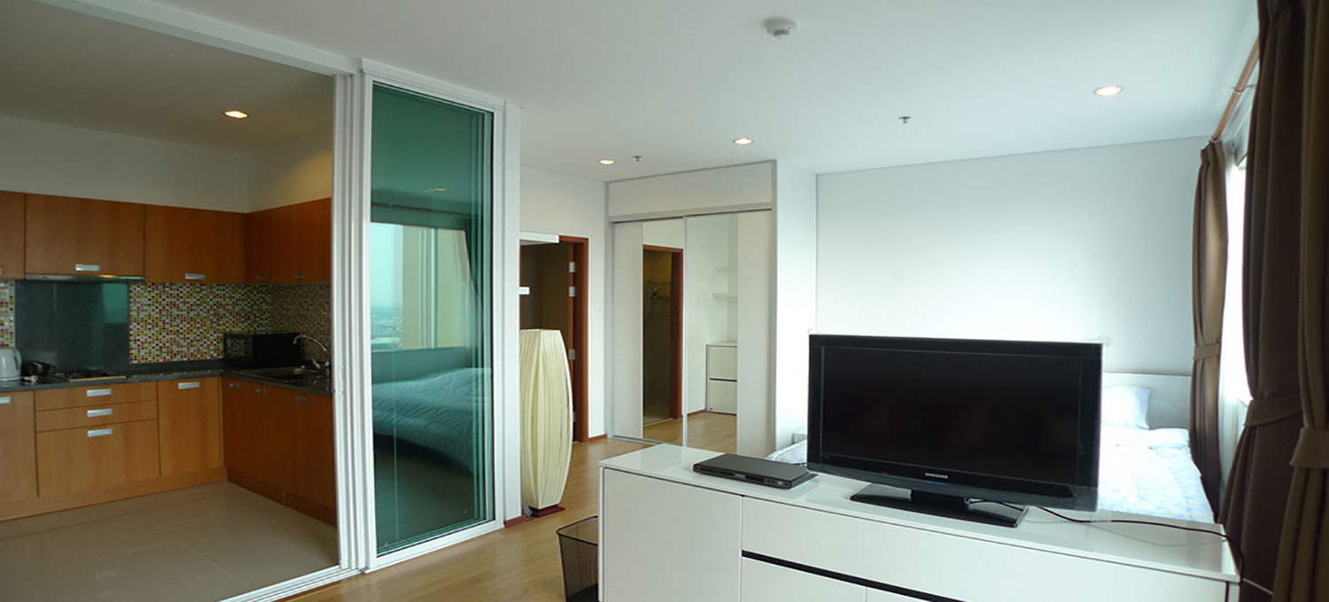 Villa-Sathorn-Bangkok-condo-studio-for-sale-photo-1